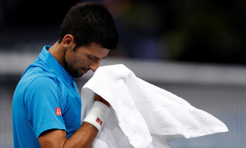 djokovic-bi-loai-o-paris-masters-co-the-mat-ngoi-so-mot-ngay-mai