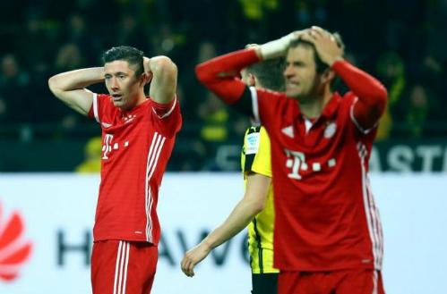Bayern đứt mạch bất bại trước Dortmund, mất ngôi đầu Bundesliga