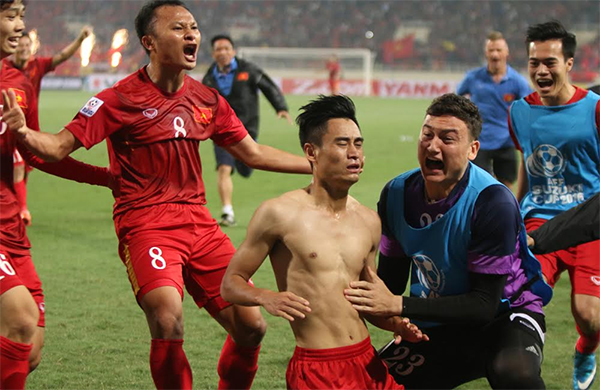 viet-nam-dung-buoc-truoc-indonesia-tai-ban-ket-aff-cup-page-2-1