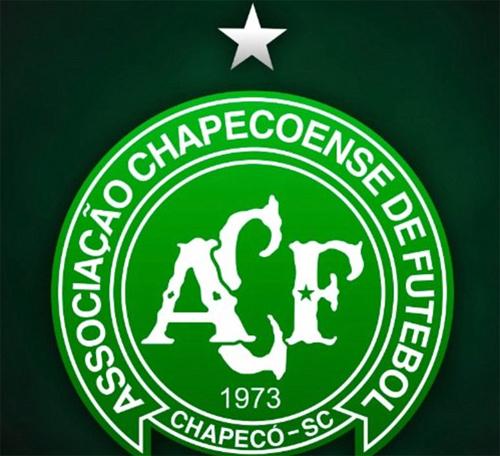 chapecoense-doi-logo-de-tuong-nho-thanh-vien-da-khuat