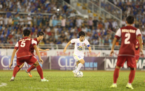 cong-phuong-ky-vong-hagl-lap-hat-trick-vo-dich-giai-u21-quoc-te