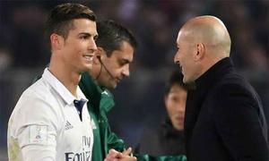 Zidane: 'Ronaldo sẽ vui vẻ nếu phải ngồi dự bị'