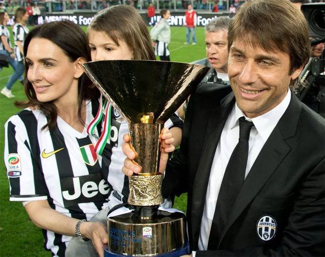 Bà xã phát cáu với Conte vì bỏ gia đình đi xem trận Juventus - Inter