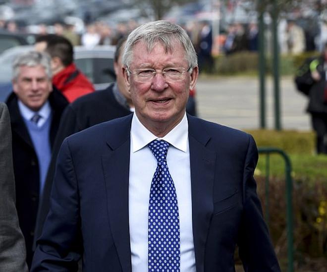Alex Ferguson, Paul Scholes hòa mình vào lễ hội đua ngựa