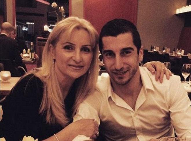 Mkhitaryan ngợi ca tình mẹ nhân dịp sinh nhật