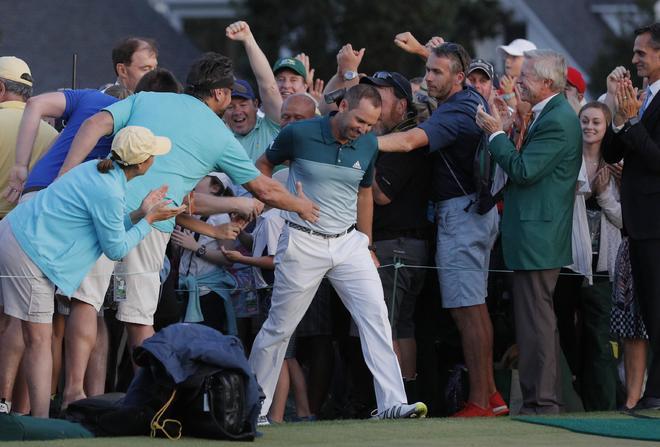 Sergio Garcia vỡ òa khi chiến thắng tại Masters