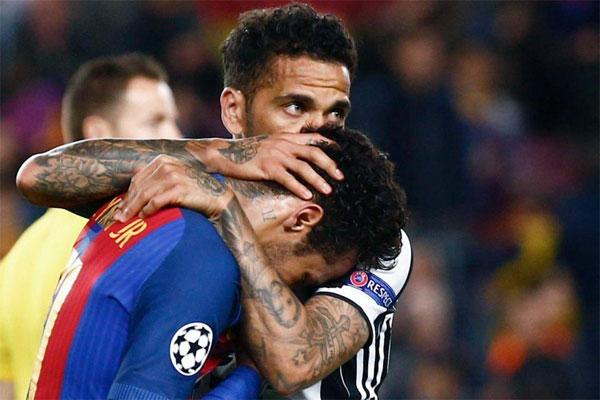 neymar-bat-khoc-cay-dang
