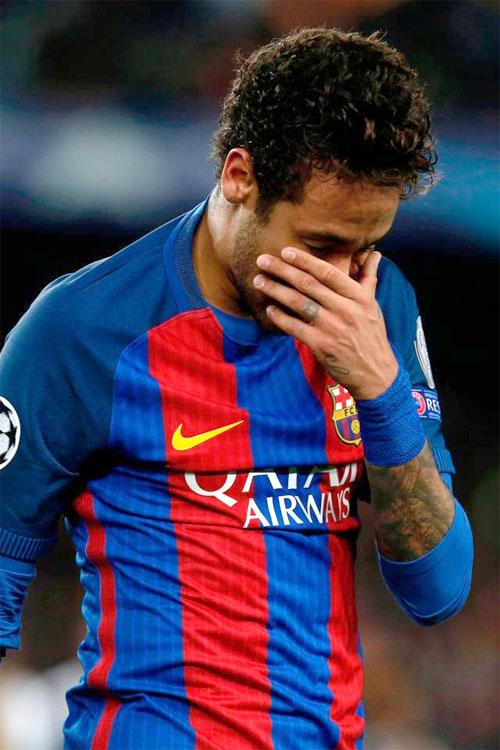 neymar-bat-khoc-cay-dang-1