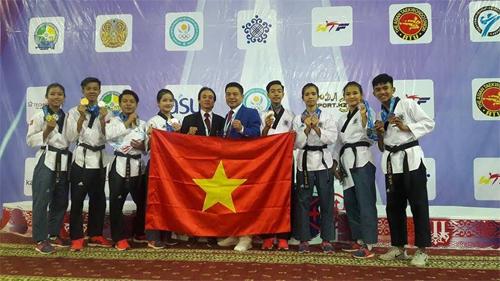 viet-nam-gianh-hai-hc-vang-giai-taekwondo-tre-chau-a