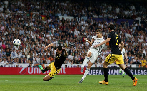ronaldo-lap-hat-trick-real-dat-mot-chan-vao-chung-ket-champions-league-1
