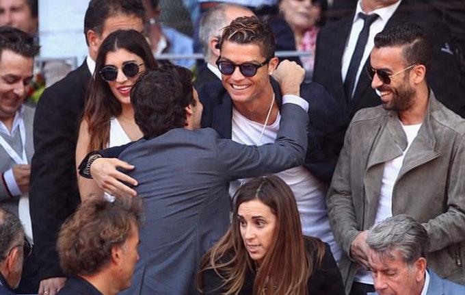 Ronaldo, Raul tới cổ vũ Nadal đánh bại Djokovic