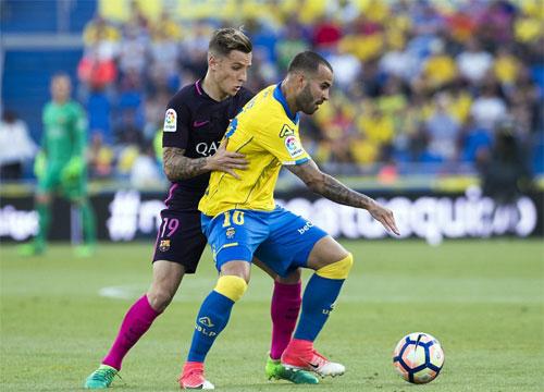neymar-lap-hat-trick-barca-giu-dinh-bang-trong-suc-ep-tu-real-2