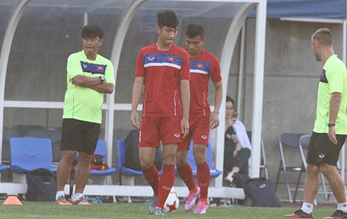 tru-cot-u20-viet-nam-chan-thuong-truoc-tran-ra-quan-world-cup