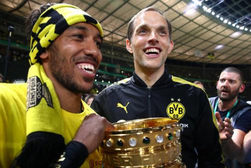 Dortmund sa thải HLV Tuchel sau khi đoạt Cup Quốc gia