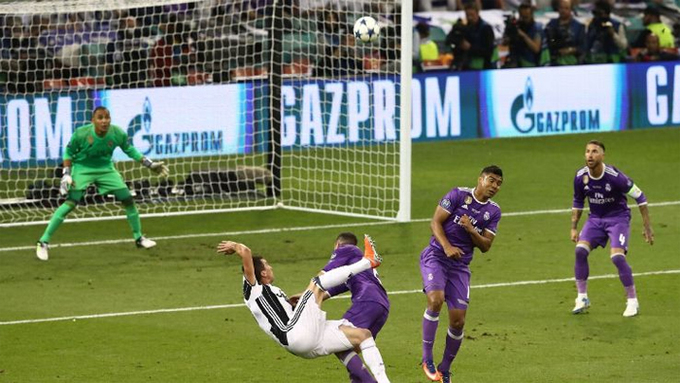 10 bàn thắng đẹp nhất Champions League 2016-2017