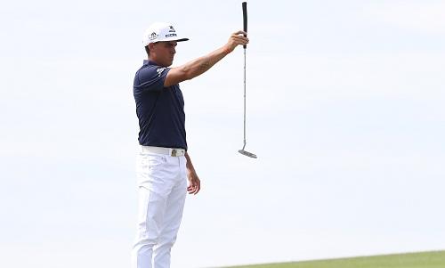 bon-golfer-cung-dan-dau-sau-vong-hai-us-open-2017-1