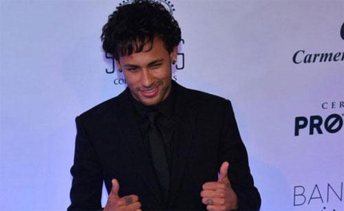 neymar-tien-cu-ban-than-cho-barca-1
