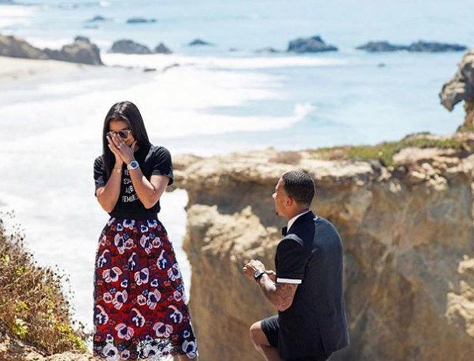 Depay cầu hôn con gái MC nổi tiếng nước Mỹ