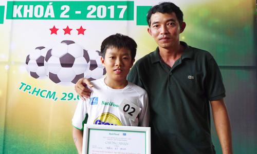 Con cựu tuyển thủ Việt Nam trúng tuyển học viện tại TP HCM