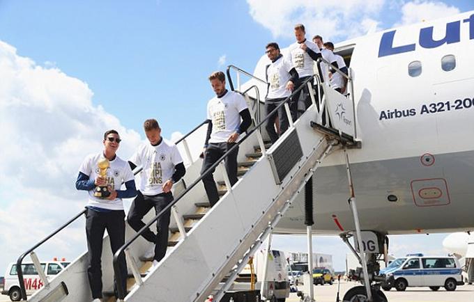 Tuyển Đức đưa Confed Cup về nước