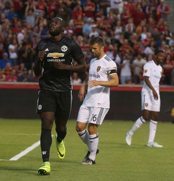 Manchester-United-v-Real-Salt-3516-2106-