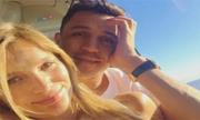 Alexis Sanchez và bạn gái du ngoạn bằng máy bay trực thăng