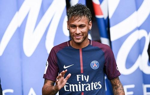 la-liga-lam-kho-neymar-va-psg-ve-thu-tuc-giay-to