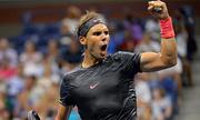 Nadal 'xử đẹp' đối thủ kỵ giơ, Federer dễ dàng đi tiếp ở Rogers Cup
