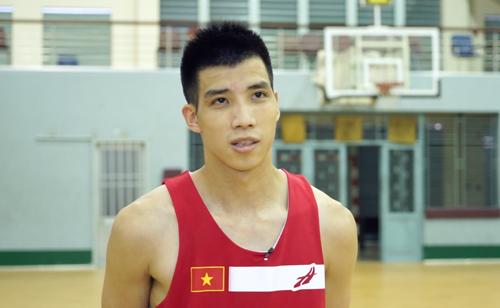 Hoàng Ca - tài năng trẻ toả sáng từ VBA 2016 trở thành mảnh ghép quan trọng của tuyển bóng rổ quốc gia năm nay.