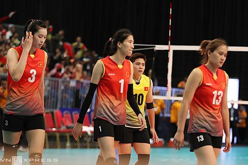 bong-chuyen-nu-viet-nam-lan-dau-dung-ngoai-top-2-sea-games-sau-16-nam-1