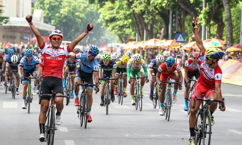 Anh em Lê Văn Duẩn thắng chặng một giải xe đạp mừng Quốc khánh