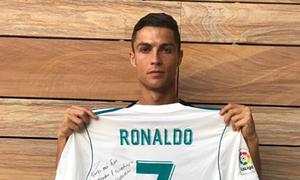Ronaldo gửi thông điệp động viên gia đình nạn nhân động đất