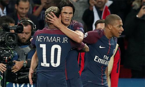 psg-vui-dap-bayern-trong-ngay-cavani-lam-lanh-voi-neymar