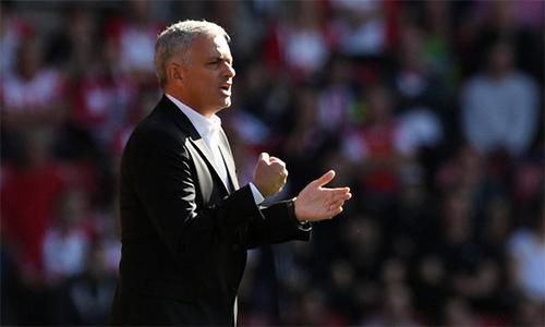 mourinho-liverpool-may-hon-man-utd