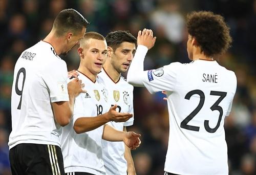 duc-gianh-ve-du-world-cup-2018-du-thieu-neuer-ozil