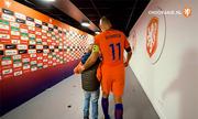 Robben chia tay tuyển Hà Lan