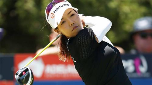 jenny-shin-ghi-bay-birdie-de-chia-se-ngoi-dau-vong-hai-lpga-taiwan-championship