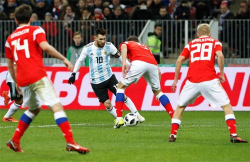 aguero-lap-cong-argentina-danh-bai-chu-nha-world-cup-2018