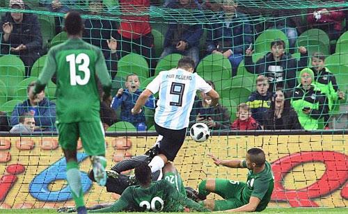 messi-vang-mat-argentina-thua-dam-nigeria