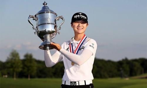 chenh-lech-tien-thuong-nam-nu-dat-muc-ky-luc-o-lang-golf-2017