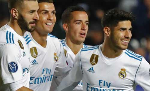 ronaldo-lap-cu-dup-real-gianh-ve-vao-vong-1-8-champions-league