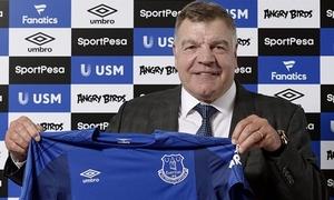 Allardyce ký hợp đồng 18 tháng với Everton