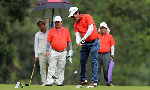 giai-golf-tu-thien-quyen-gop-ba-ty-dong-giup-dong-bao-lu-lut