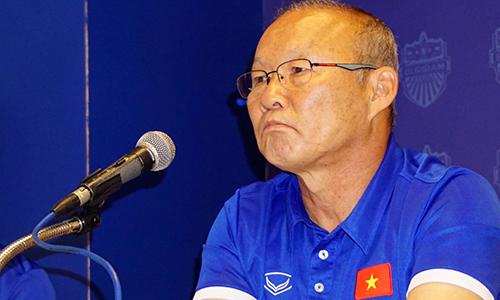hlv-park-hang-seo-se-chun-bi-nhieu-phuong-an-doi-pho-voi-thai-lan-1