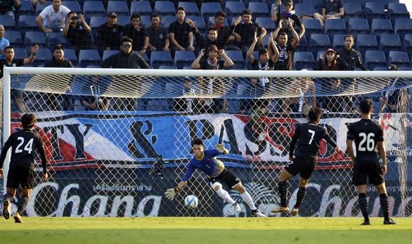 Công Phượng lập cú đúp, Việt Nam thắng Thái Lan ở M-150 Cup