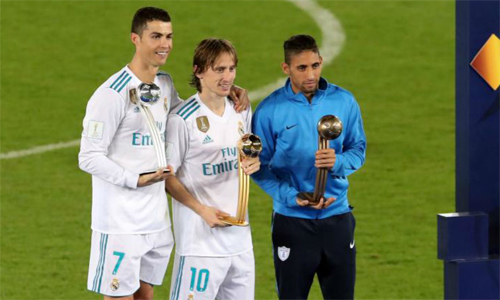 modric-gianh-giai-cau-thu-hay-nhat-fifa-club-world-cup