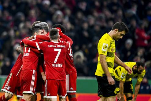 Bayern lần thứ hai giành chiến thắng trước Dortmund ở mùa giải năm nay sau khi đánh bại đối thủ với tỷ số 3-1 ở Bundesliga. Ảnh:EPA.