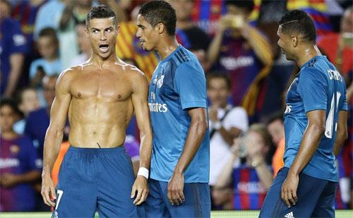 Ronaldo bắt đầu đi xuống từ màn cởi áo chia vui, và chỉ kịp lấy lại phong độ thời gian gần đây.