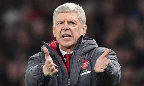 Wenger muốn học trò quên đi thất bại ở lượt đi trước Liverpool. Ảnh: Sky Sports.