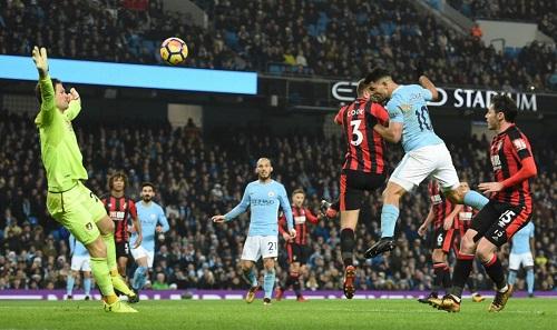 Man City đang có chuỗi 17 trận thắng liên tiếp ở Ngoại hạng Anh. Ảnh: AFP.